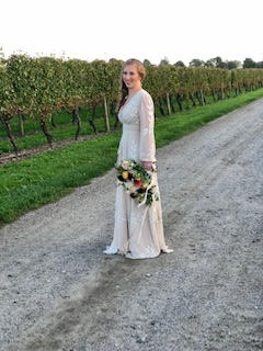 Lynda Williams Beauty bride at vineyard